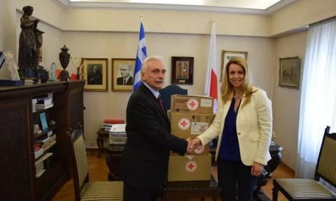 Προσφυγικό: Δωρεά φαρμακευτικού υλικού στον Ελληνικό Ερυθρό Σταυρό