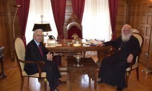 Συνάντηση του Αρχιεπισκόπου Ιερώνυμου με τον πρόεδρο του Ελληνικού Ερυθρού Σταυρού
