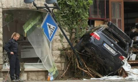 Τέσσερις νεκροί από τις καταρρακτώδεις βροχές στην Ευρώπη (pics+vid)