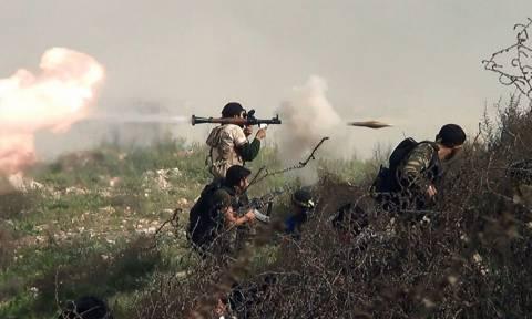 Συρία: Επίθεση χιλιάδων μαχητών στη βάση του ISIS που στέλνει τρομοκράτες στην Ευρώπη (Vid)