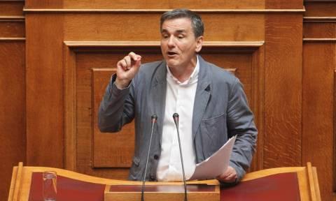 ΚΚΕ: Η κυβέρνηση παραδίδει από τώρα τα κόκκινα δάνεια α΄ κατοικίας στα funds