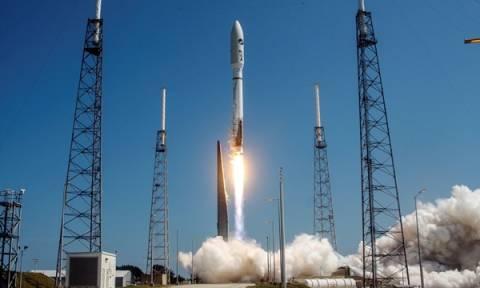 Στρατιωτικό δορυφόρο εκτόξευσε η Μόσχα