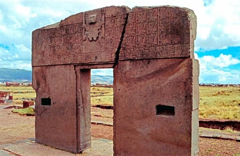 Πύλη του Ήλιου - Tiahuanaco, Βολιβία
