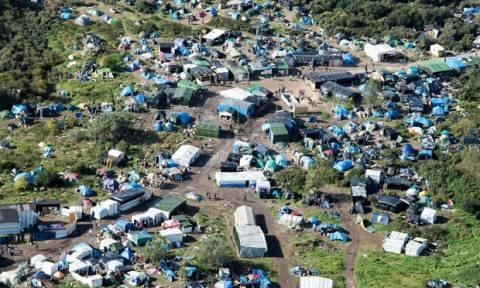 Γαλλία: 2.000 μετανάστες μεταφέρονται σε κέντρα φιλοξενίας στο Παρίσι