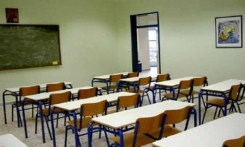 Σε 24ωρη απεργία την Τετάρτη οι δάσκαλοι σε όλη την Ελλάδα