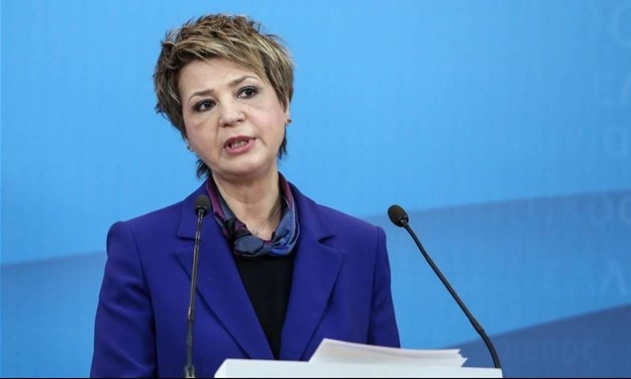 LIVE: Η ενημέρωση των δημοσιογράφων από την Όλγα Γεροβασίλη