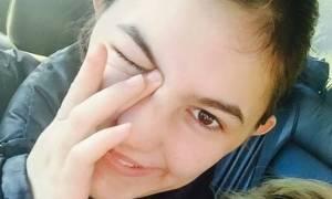 Σε κλίμα οδύνης η κηδεία της κόρης του Νίκου Νικολόπουλου (pics)