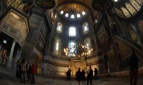 Ελληνική αντεπίθεση στο σήριαλ με το Κοράνι στην Αγιά Σοφιά