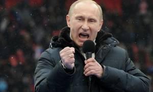 Οργισμένος ο Πούτιν: Στέλνει οπλισμένα υποβρύχια μεταξύ Γαλλίας και Βρετανίας