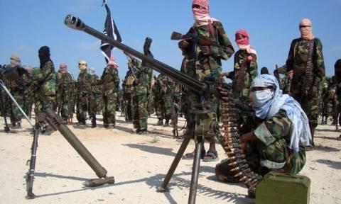 Σομαλία: Πολύνεκρη επίθεση ανταρτών της Αλ Σεμπάμπ κατά στρατιωτικής βάσης