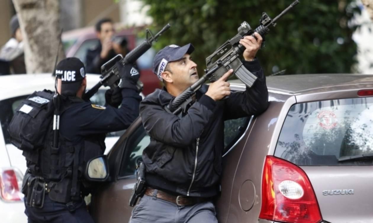 Το Ισραήλ απαγορεύει επ' αόριστον την είσοδο Παλαιστινίων σε ισραηλινό έδαφος (Vid)
