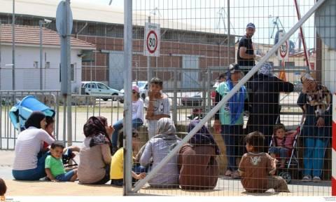 Gov't plans to build twelve more refugee hosting centres, says Alt. Defence Minister Vitsas