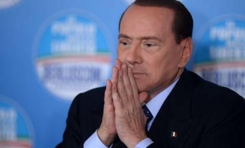 Μπερλουσκόνι: «Είμαι ήρεμος, αφήνομαι στα χέρια του Θεού»