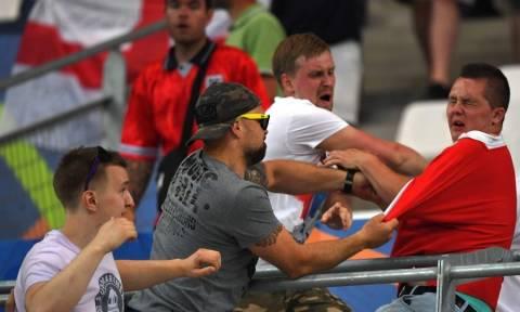 Euro 2016: «Σοκ και δέος» στη Γαλλία από την επέλαση των χούλιγκανς - Πρόκληση από Αλβανούς (Pics)