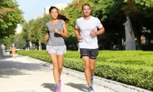 Περπάτημα: Τρία σημαντικά οφέλη με μόλις 10 λεπτά την ημέρα