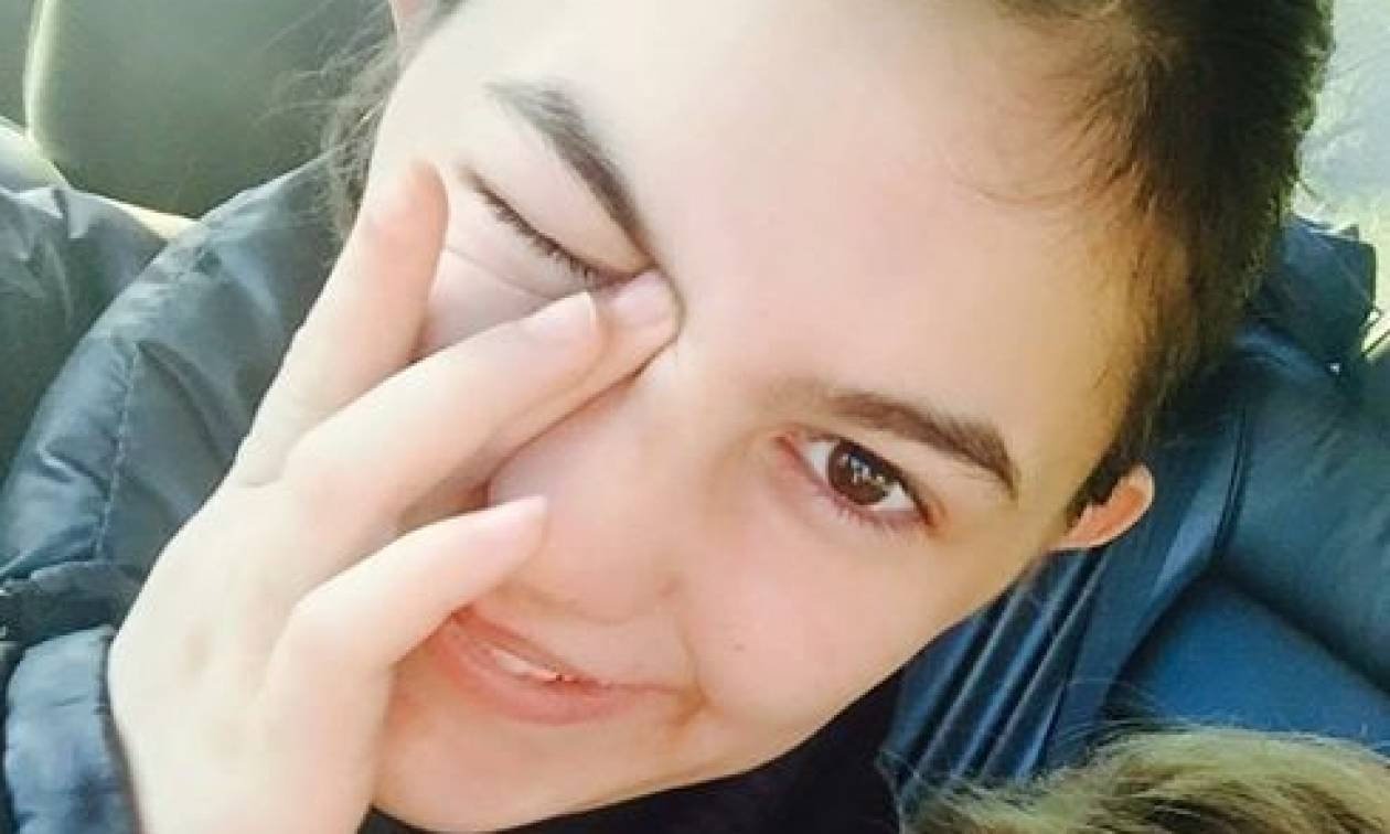 Τι μου ψυθίρισε στο αυτί η κόρη του Νίκου Νικολόπουλου, Νίκη