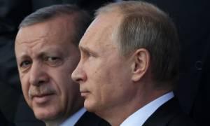 Ο Ερντογάν προσεγγίζει ξανά τον Πούτιν: Ευχές με μήνυμα για βελτίωση σχέσεων