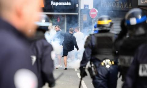 Euro 2016: Η αστυνομία προχώρησε σε 36 συλλήψεις μετά τα επεισόδια στη Λιλ (video)