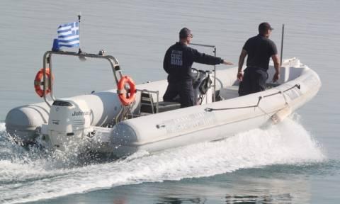 Συναγερμός στη Μυτιλήνη: Σκάφος με 100 άτομα προσάραξε στα βορειοδυτικά του νησιού