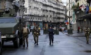 Βρυξέλλες: Αλάτι και μπισκότα είχε η ζώνη του φαντασιόπληκτου «τρομοκράτη» που προκάλεσε συναγερμό