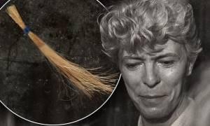 Ντέιβιντ Μπάουι: Στο «σφυρί» μια τούφα από τα μαλλιά του θρύλου της ροκ!