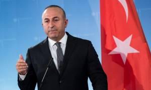 Τσαβούσογλου για Brexit: Η Τουρκία θέλει οπωσδήποτε τη Βρετανία εντός ΕΕ