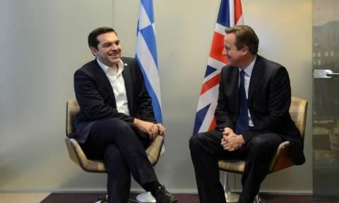Brexit αποτελέσματα - Δημοσιογράφος WSJ: O Κάμερον να τηλεφωνήσει στον Τσίπρα - Είναι… ειδικός