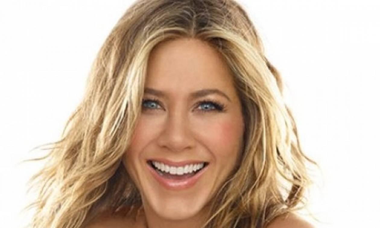 Mα τι έπαθε; Η Jennifer Aniston στην πιο προκλητική εμφάνιση που έκανε ποτέ