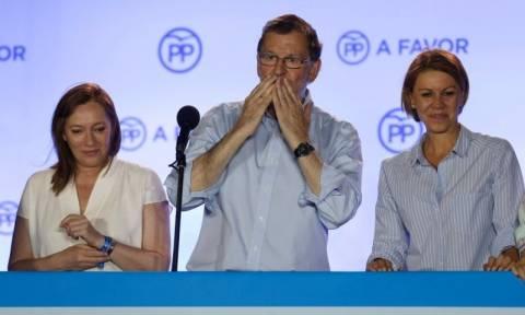 Εκλογές Ισπανία: Ο Ραχόι ελπίζει σε συμφωνία για κυβερνητική συνεργασία σε έναν μήνα