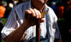 «Τσεκούρι» σε ΕΚΑΣ, επικουρικές και εφάπαξ: Ποιοι είναι οι μεγάλοι χαμένοι