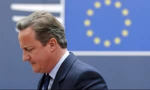 Κάμερον: Μέγιστης σημασίας να παραμείνει η Βρετανία ενωμένη