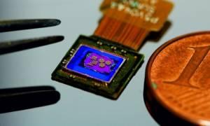 Επιστήμονες δημιούργησαν κάμερα που είναι μικρότερη από έναν κόκκο αλατιού! (pic)