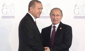 Άρση τουριστικών κυρώσεων προς την Τουρκία υπέγραψε ο Πούτιν