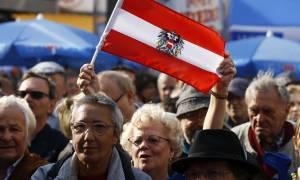Αυστρία: Ακυρώνεται το αποτέλεσμα των εκλογών (Vids)