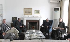 На Кипре проходит встреча Никоса Анастасиадиса и Мустафы Акынджи