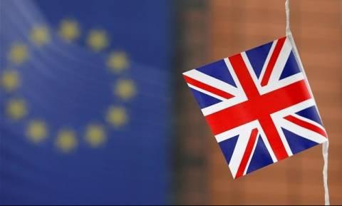ΥΠΟΙΚ Βρετανίας: Η οικονομία μας βρίσκεται σε κατάσταση «σοκ»