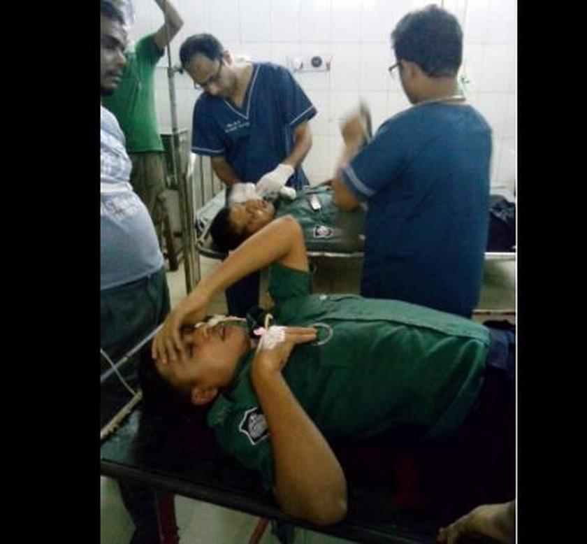 Μπανγκλαντές: Ένοπλοι επιτέθηκαν σε εστιατόριο στην Ντάκα - Κρατούν ομήρους (vid)