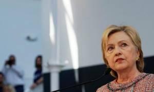 ΗΠΑ: Η Χίλαρι Κλίντον κατέθεσε στο FBI για το σκάνδαλο με τα emails