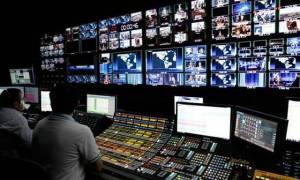 «Πόλεμος» κυβέρνησης – ΝΔ για το θέμα των τηλεοπτικών αδειών
