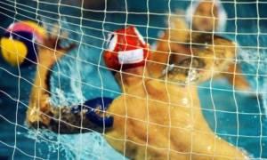 Ξύλο στην πισίνα: Σύρραξη και διακοπή στο Κροατία-Ελλάδα!