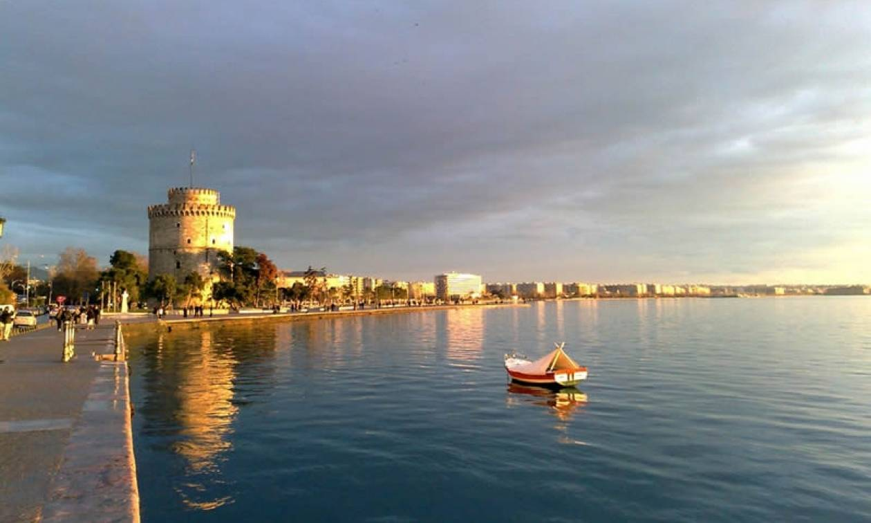 0b19d5b3496 Ο 18χρονος από τη Θεσσαλονίκη που κατέκτησε Ρεκόρ Γκίνες – Έκανε τους  πάντες να… παραμιλούν