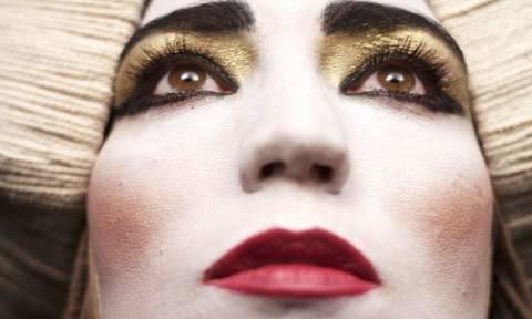 Η θεατρική ομάδα «Ρόδα» παρουσιάζει την παράσταση «Αλκιβιάδης Άγιος»