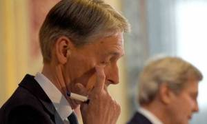 Brexit: Ο Φίλιπ Χάμοντ στηρίζει την Τερέζα Μέι για την πρωθυπουργία της Βρετανίας