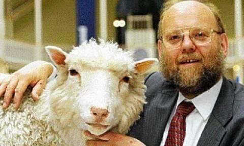 Σαν σήμερα το 1996 γεννήθηκε το πρώτο κλωνοποιημένο θηλαστικό, η Ντόλι