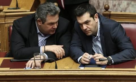 Εκλογικός νόμος: Στο κυνήγι των «προθύμων» η κυβέρνηση ΣΥΡΙΖΑ – ΑΝΕΛ