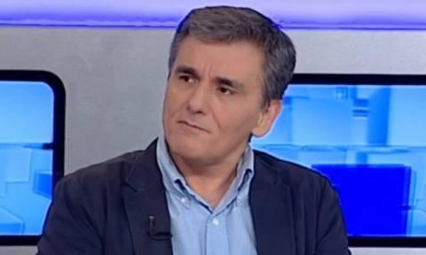 Цакалотос заявил о послаблении capital controls и частичном снятии ограничений  со следующей недели