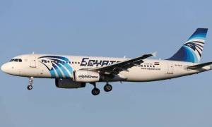 EgyptAir: Ενδείξεις για πυρκαγιά στο εσωτερικό του αεροπλάνου (Vid)