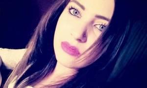 Το στερνό «αντίο» είπαν συγγενείς και φίλοι στην 18χρονη Πέλα που «έφυγε» νωρίς