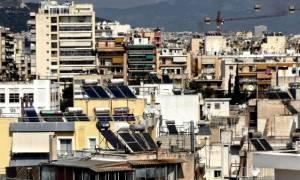 Στο σφυρί τα σπίτια των Ελλήνων για οφειλές στο Δημόσιο