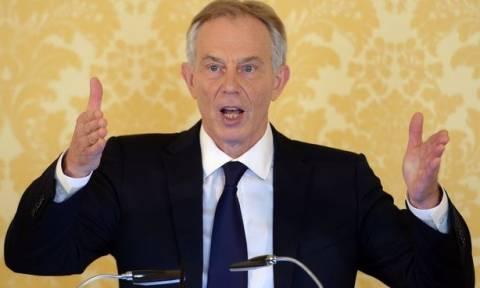 «Αμετανόητος» ο Μπλερ - Υπερασπίζεται την εμπλοκή της Βρετανίας στον πόλεμο κατά του Ιράκ